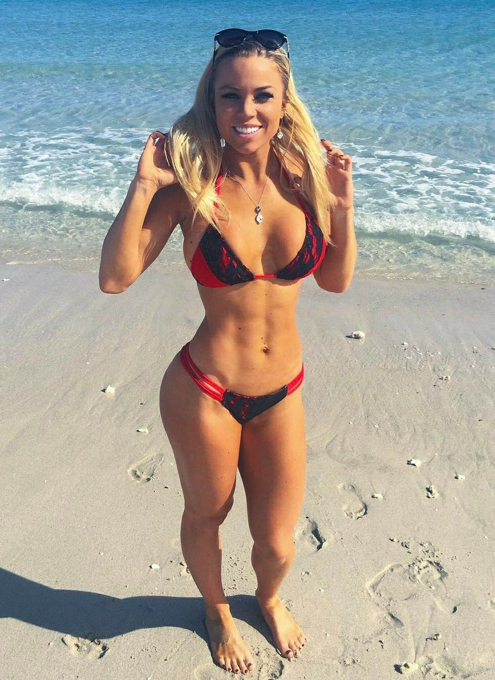 2019 Lauren Drain nudes (96 photo), Sexy, Cleavage, Feet, butt 2006