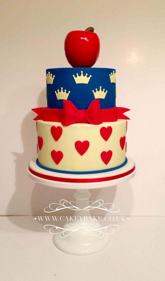 Snow White Birthday Cake By Kirsty Low wwwcakeybakecouk My