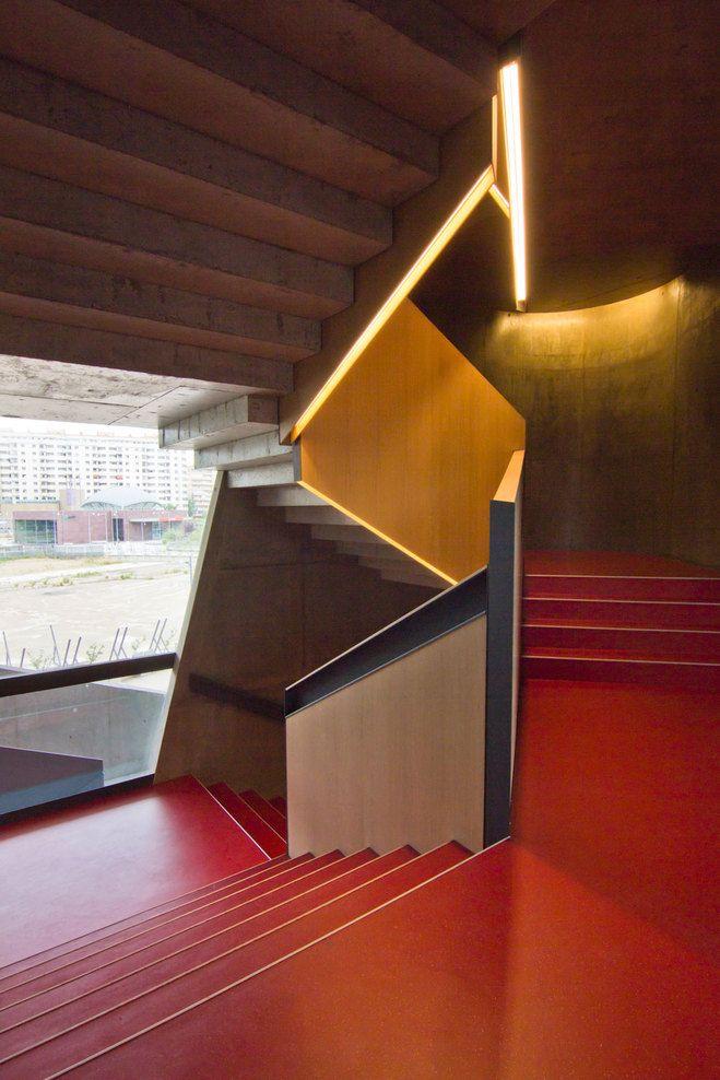 Escaliers bétons, CAIXAFORUM Zaragoza