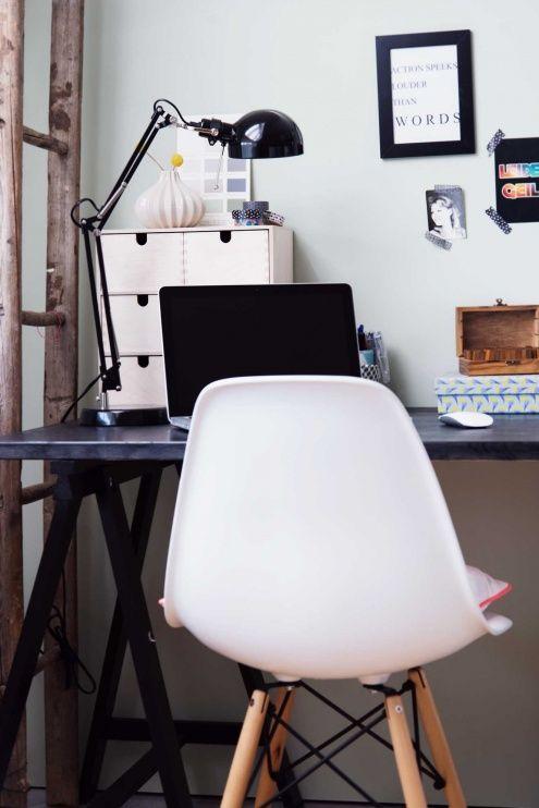 My New Workspace , Tags Ikea + Deko + Eames + Libelle + Skandinavisches  Design + Arbeitsplatz + Schreibtischlampe + Schreibtisch + DSW + Alte  Leiter + House ...