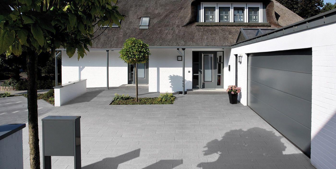 Moderne einfahrten einfamilienhaus  Finden Sie die richtigen Pflastersteine für Ihre Einfahrt ...