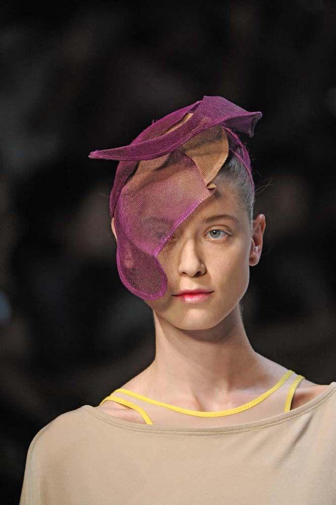 Ready to Wear Spring Summer 2012  - Issey Miyake Det - Paris Fashion Week October 2011
