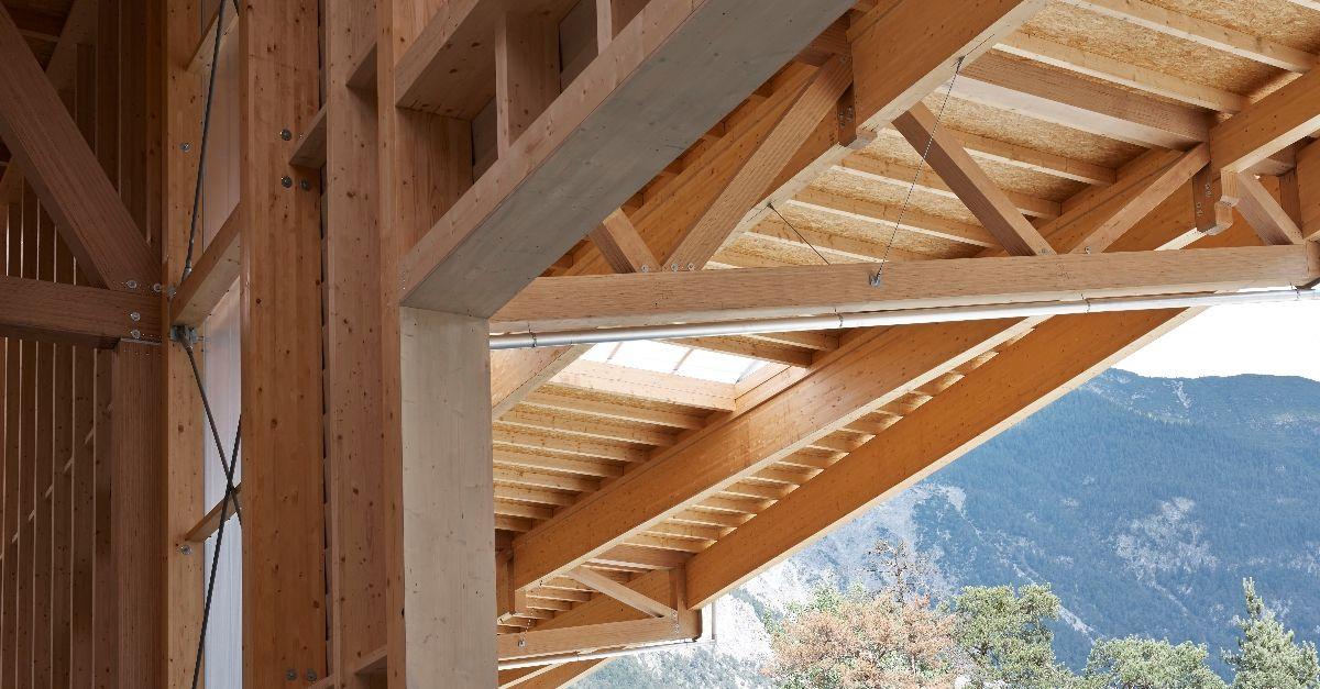 Im Tiroler Ötztal haben die Holzbauspezialisten von