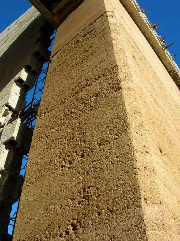Mur en pis de terre wissenbourg pinterest pise terre et mur - Terre contre mur maison ...