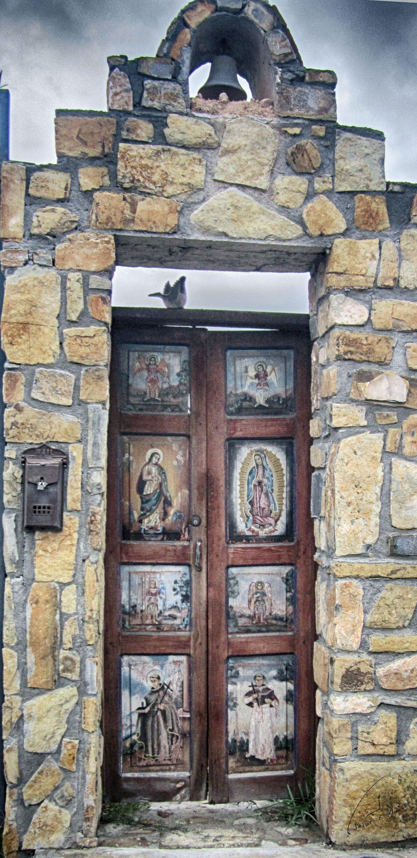 Puerta antigua de casa en arteaga coah puertas antiguas for Puertas blindadas antigua casa gutierrez