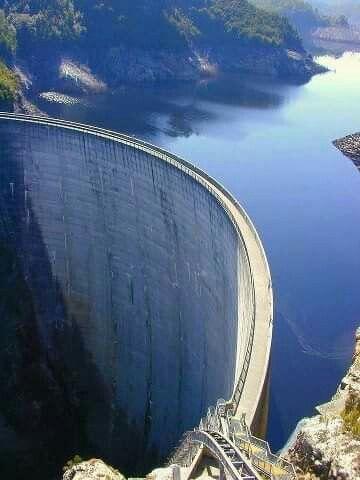 Idukki dam      beutiful view      In kerala     gods own country
