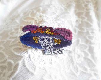 Day Of The Dead Brooch Dia De Muertos Calavera Catrina Pin Badge Mexican Skeleton Zombie Skull Vintage Illustration Shrink Plastic