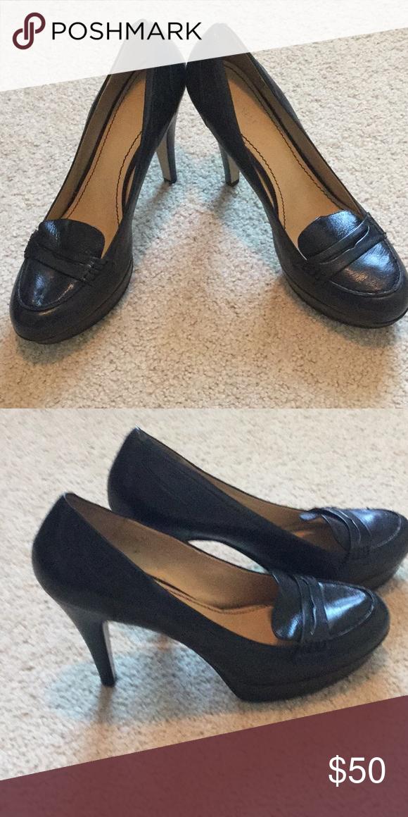 nine west black platform heels