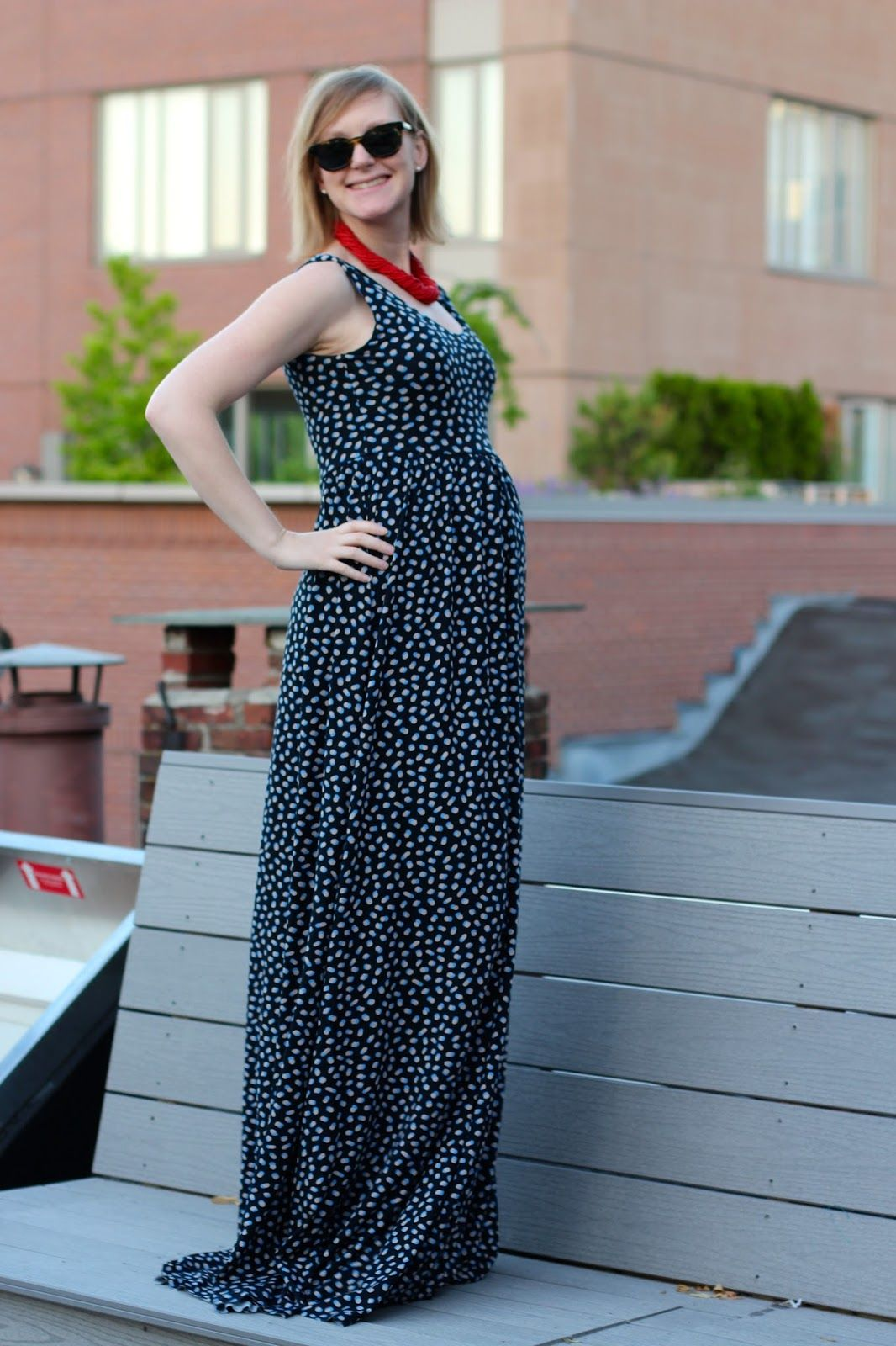 Adapt the Colette Moneta pattern to be a maternity maxi dress ...