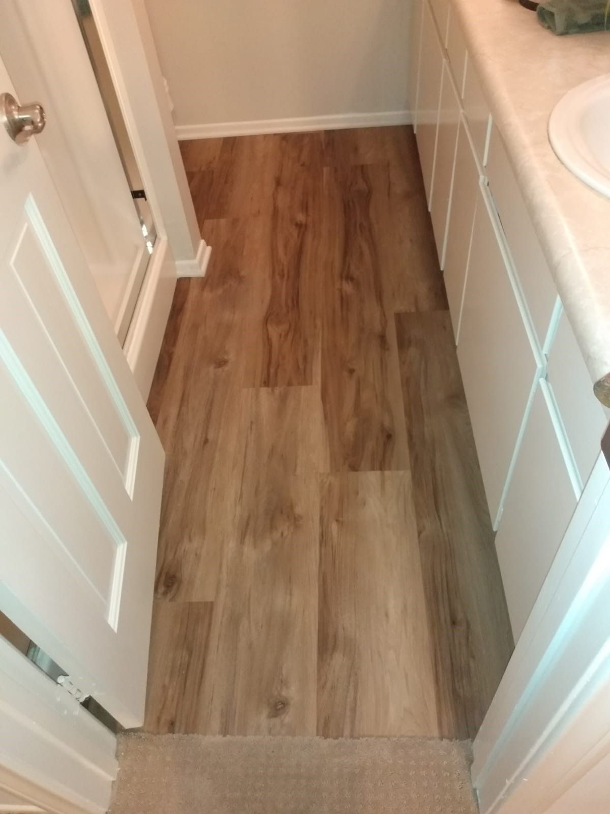 100 Waterproof Flooring In 2020 Bathroom Remodel Master Flooring Waterproof Flooring