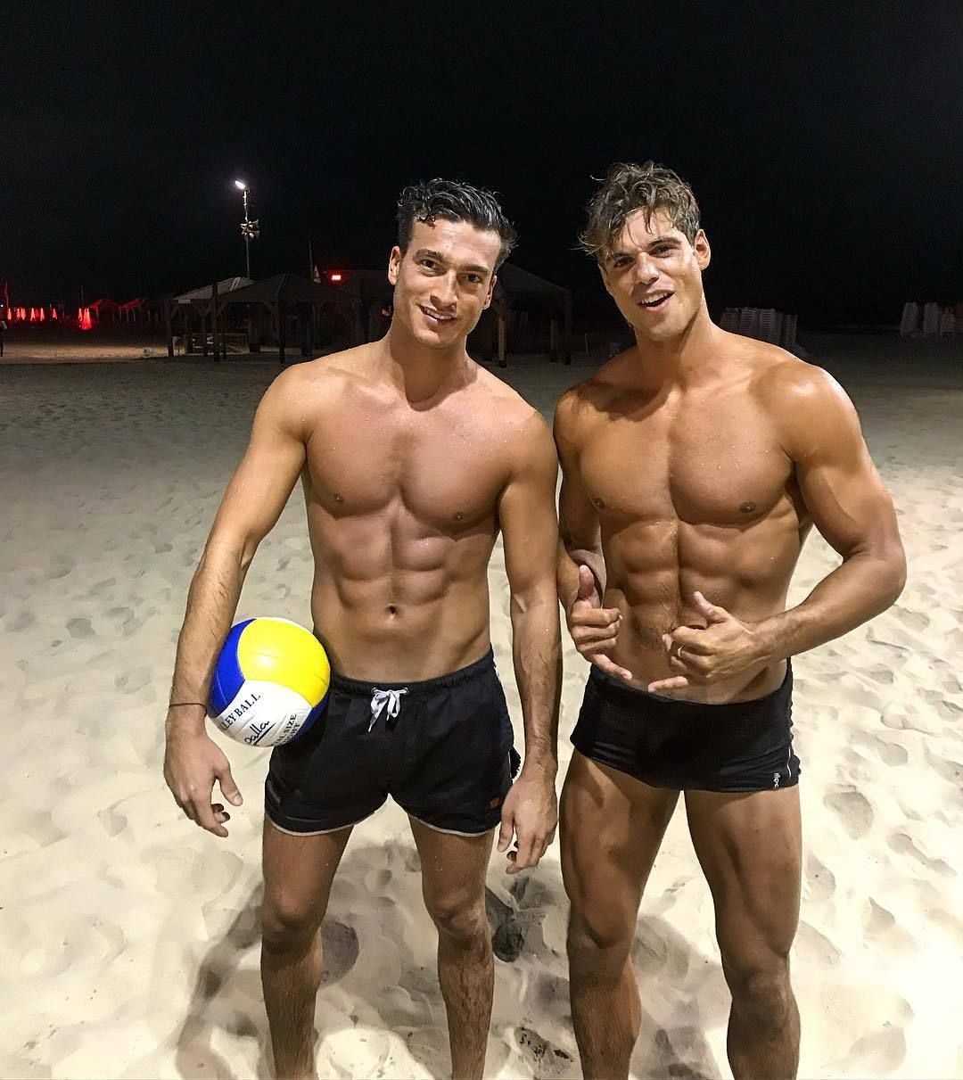 Beach Volleyball In 2020 Handsome Men Olympic Athletes Men Kissing