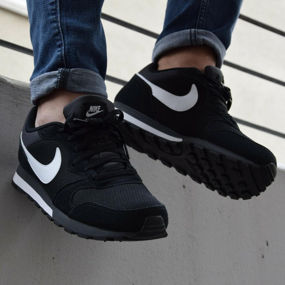 Details Zu Nike Md Runner 2 Schuhe Sneaker Herren Schwarz 749794 010 In 2020 Schuhe Herren Sneaker Nike Md Runner Sneaker Herren