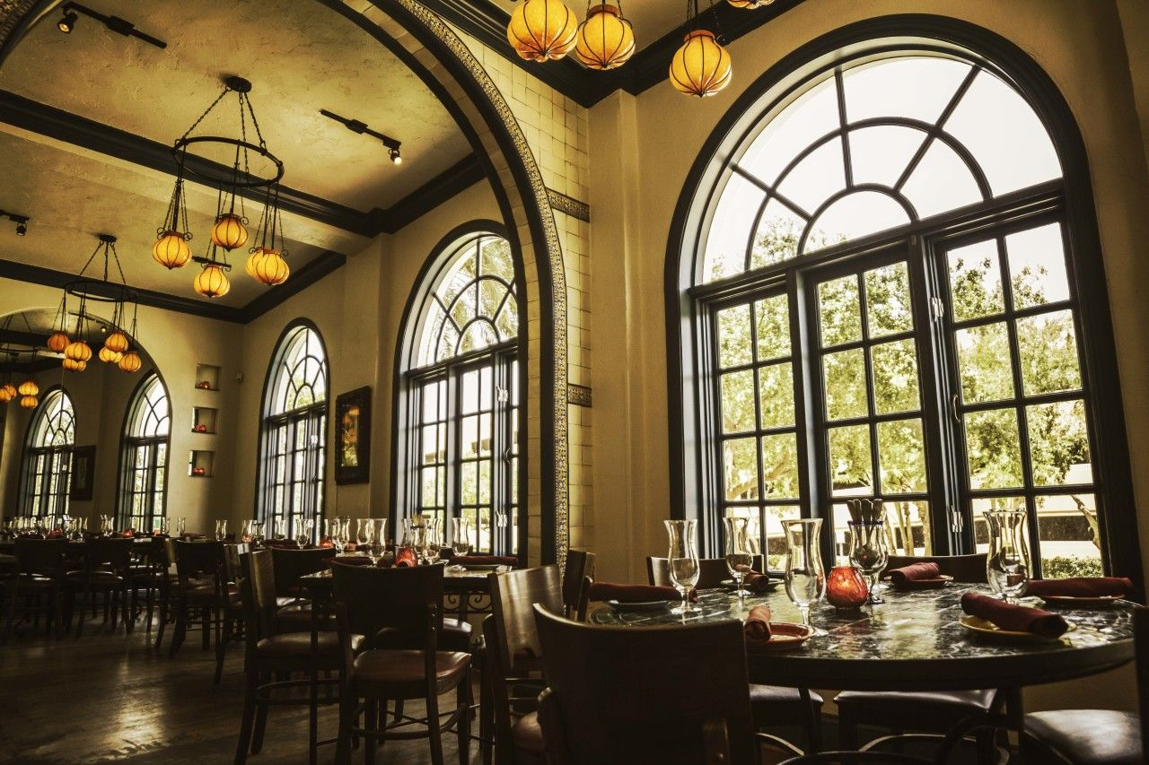 Restaurant with live music in St. Petersburg: review, addresses 63