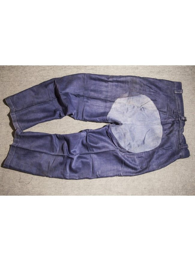 """Patched moleskin pants """"l'ideal"""" 1950's. Dark molesking workpant patched with old washed-out moleskin fabric."""