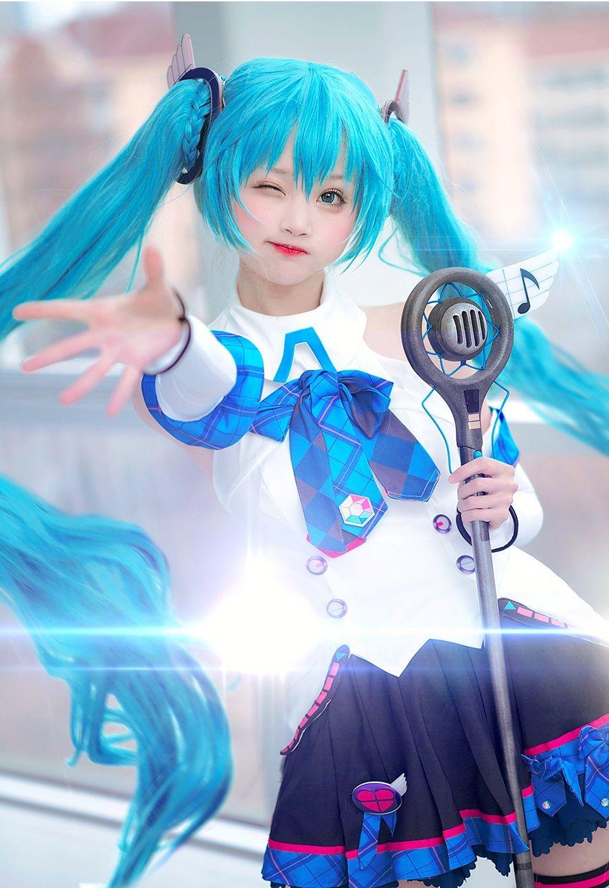 Hatsune miku miku cosplay vocaloid cosplay cute cosplay