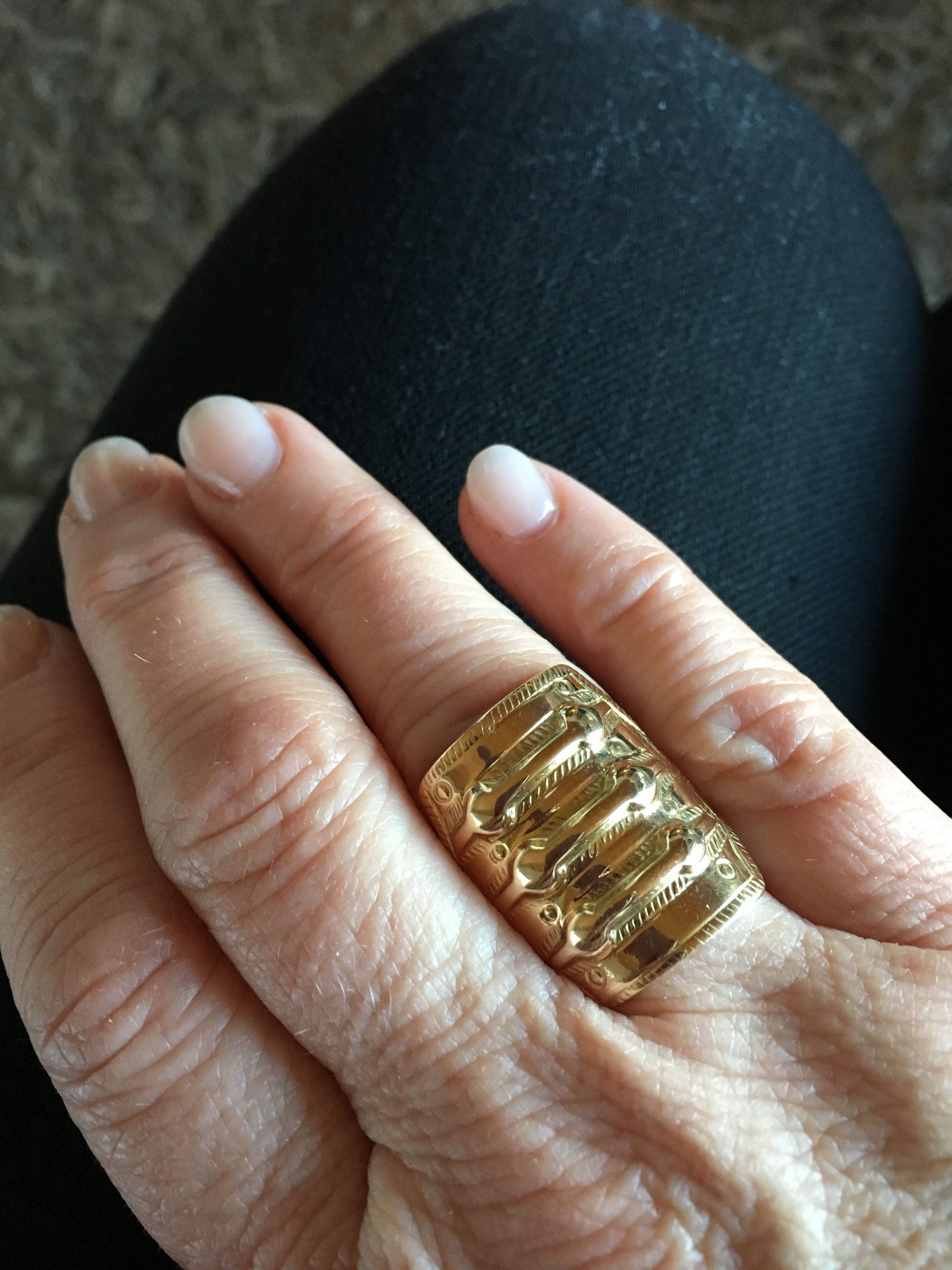 Sagaring i gull.