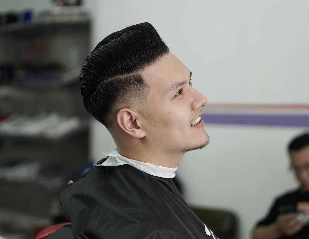 Classy One Pompadour hairstyles for Chinese man  Hairstyles vintage