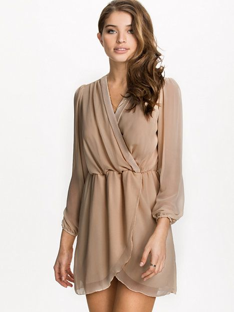 Plain Chiffon Wrap Dress - Ax Paris - Nude - Partykleider - Kleidung ...