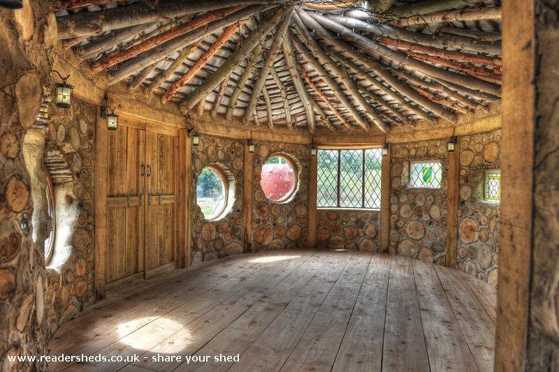 Neils Cobwood Roundhouse Natures Haven Suffolk shedoftheyear earthmoveseco