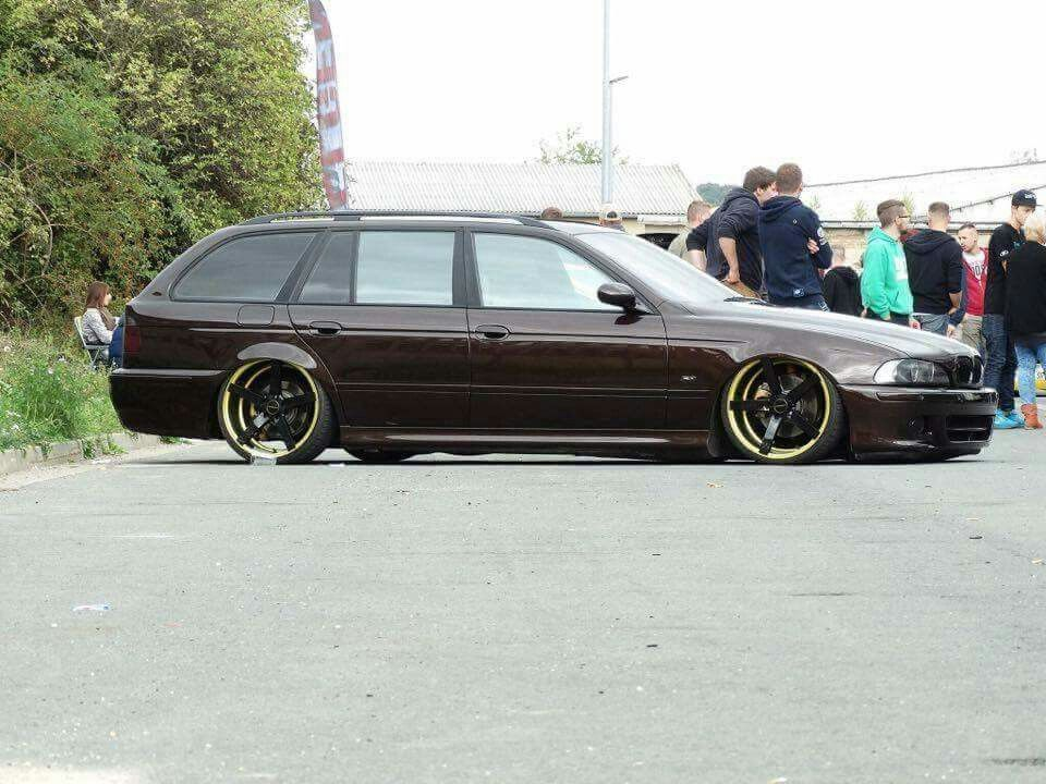 bmw e39 5 series touring brown slammed bmw ultimate driving machine pinterest bmw e39. Black Bedroom Furniture Sets. Home Design Ideas