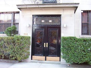 Front Door Of A Pre War Co Op Apartment Building Built In 1914 Jackson Heights Ny For Arthur Pulitzer Gmail