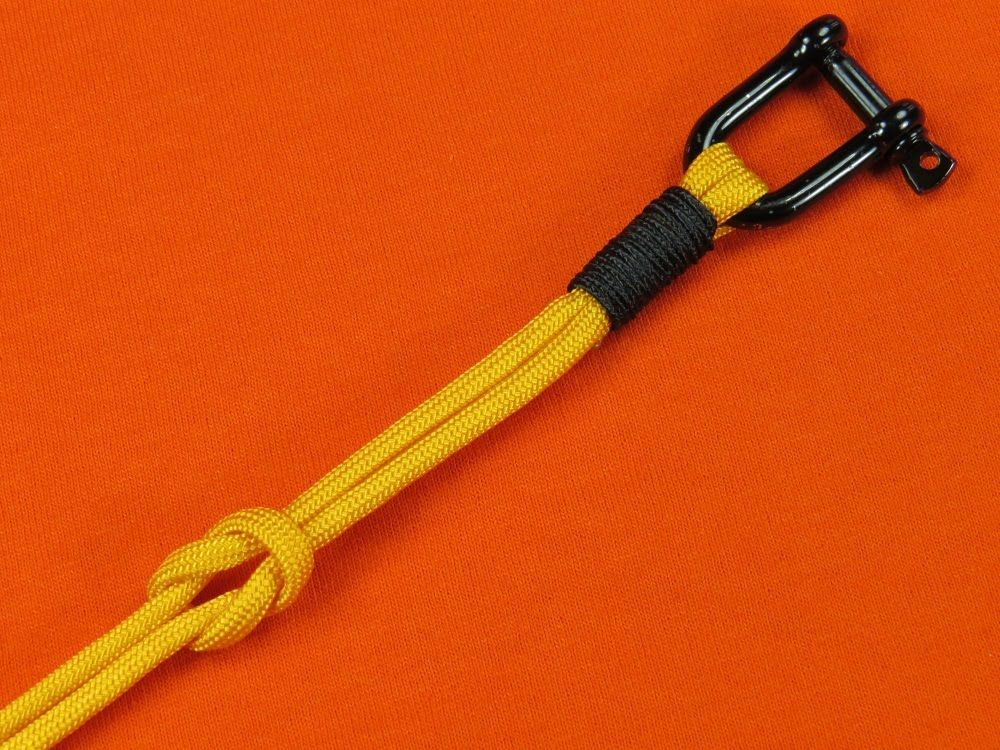 NEW Paracord 101 tutorial!! How many of our fans have ...