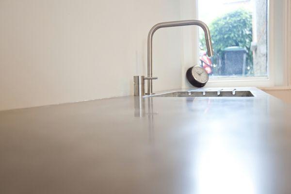 Arbeitsplatte mit Betonoptik - Küchenarbeitsplatten aus Beton - küchenarbeitsplatte aus beton
