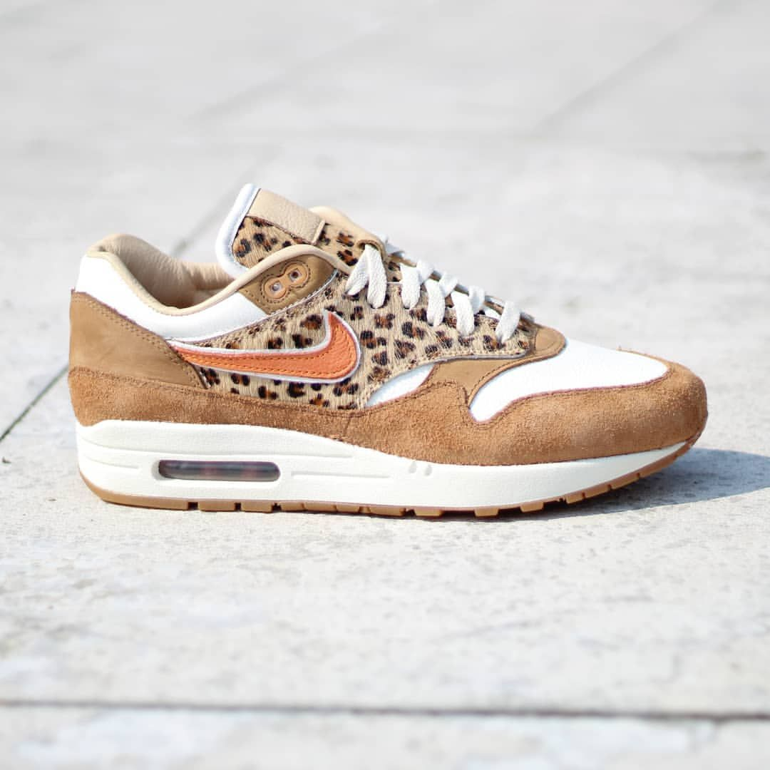 Paris Exclusive Nike Air Max 1 Bespoke Limited To… Sneaker