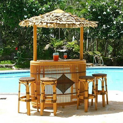 Tiki Bar With Thatched Roof And Stool Set