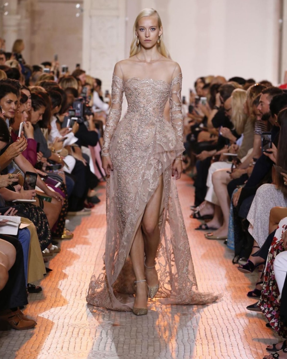Image About Fashion In Henl By H M On We Heart It Elie Saab Couture Runway Gowns Elie Saab Gowns
