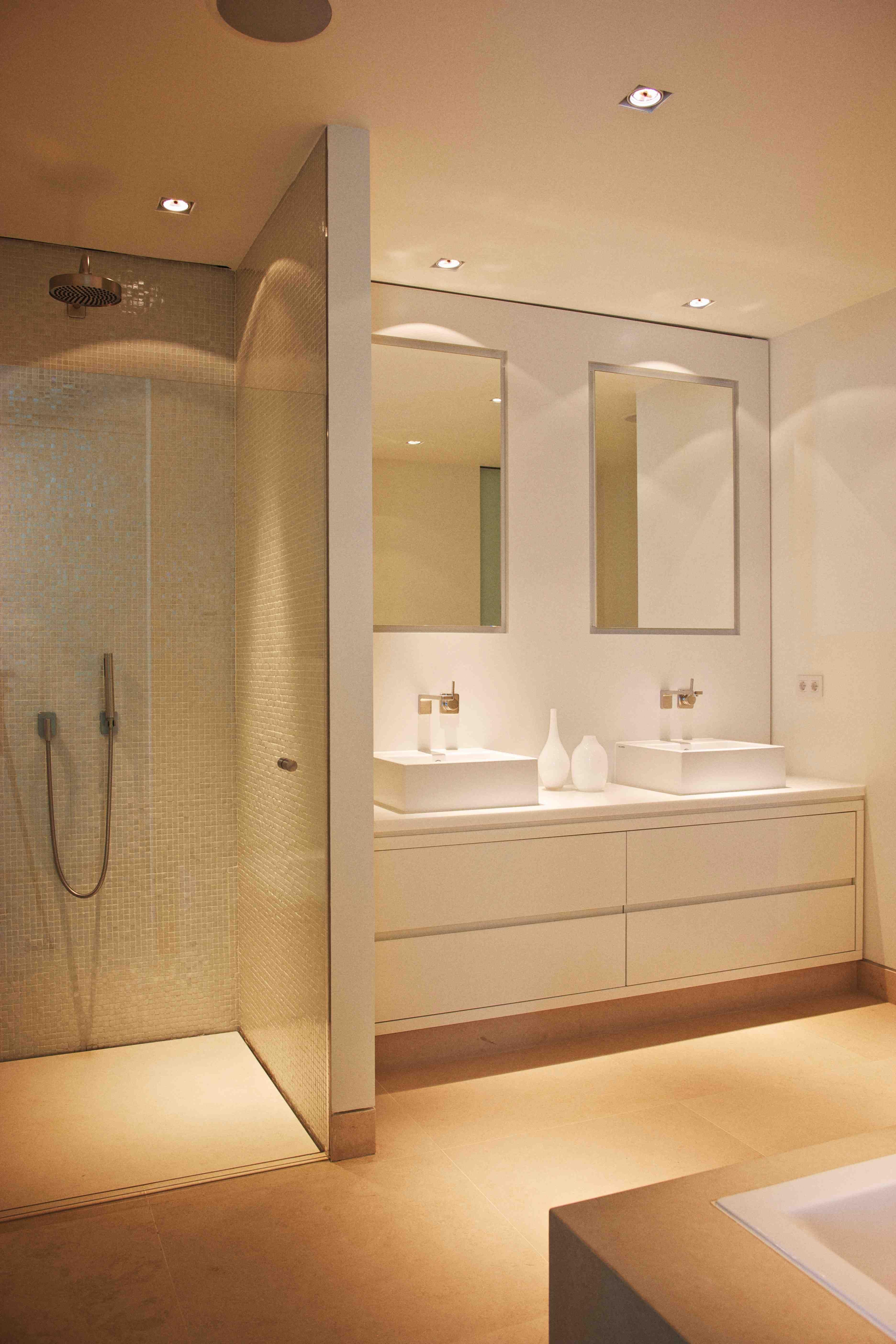 Wohnzimmerfliesen an der wand  bilder zu bathroom auf pinterest  toiletten glasmosaik