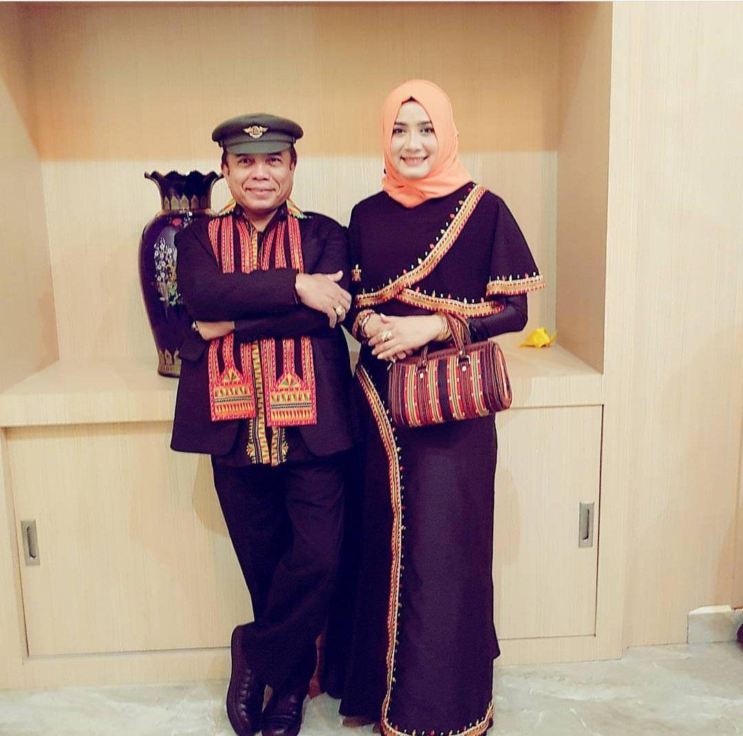 Pakaian Adat Aceh Disebut