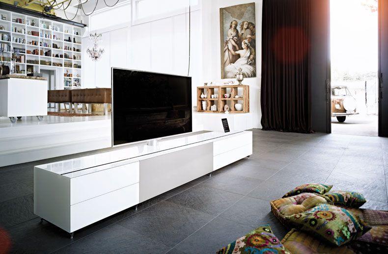 Moderne hifi möbel  Moderne tv-meubels - Maison Belle - Interieuradvies | Pinterest | TV ...