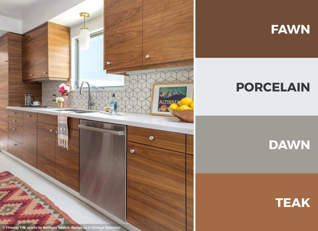 A Brown And White Kitchen Color Scheme Makes For A Great Earthy And Bright Kitchen Read On Kitchen Colour Schemes Kitchen Colors Kitchen Cabinet Color Schemes