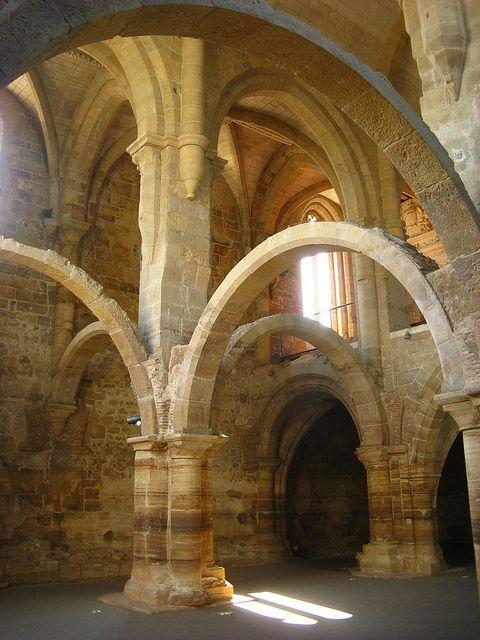 Mosteiro De Santa Clara A Velha Coimbra Romanesque Architecture Art And Architecture Gothic Architecture