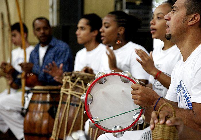 """A Associação de Capoeira Motta e Cultura Afro de Santa Bárbara d'Oeste realiza neste domingo (6), às 10 horas, a """"Mostra Cultural Afro"""""""