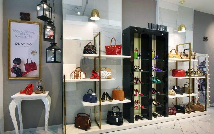Https Boutiquestoredesign Com Design Duavivo Bag Store Interior