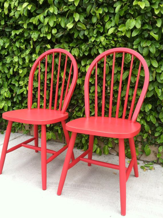 Charmant Set Of 2 Vintage Spindle Chairs Painted Farmhouse Red Wood