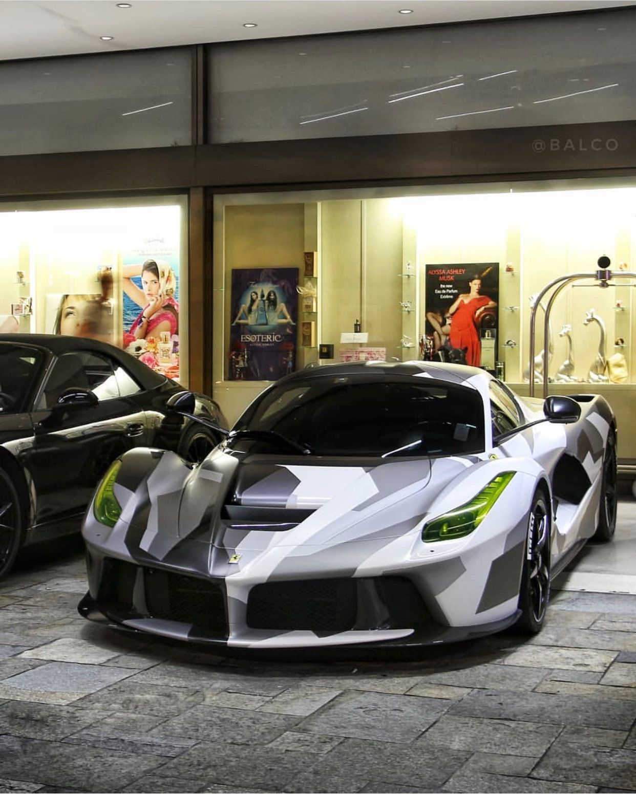 Ferrari LaFerrari painted in Grigio and wrapped in a Black ...