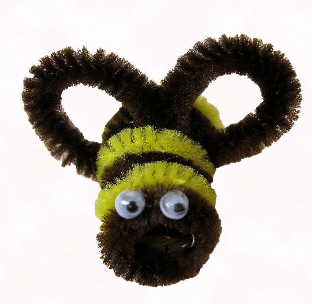 honey bee crafting | Bees Made With Chenille Stems (Pipe Cleaners ...