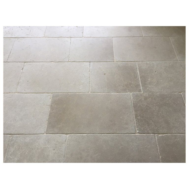 Parisian Style Flooring In Pure And Solid Limestone