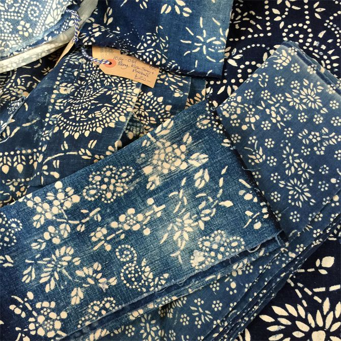 Vintage indigo print fabrics sourced from China by Noel Chapman of Bleu Anglais. Use them to make cushions covers, tablecloths, table runners, lampshades - perfect for your interior design projects.
