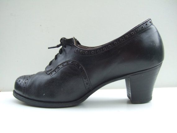 Vintage 1940s black leather lace up brogue oxford shoes. My Grandma wore these.