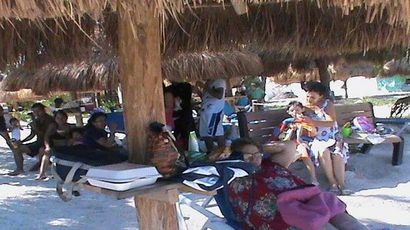 Turistas nacionales son los principales responsables dela contaminación en Cancún