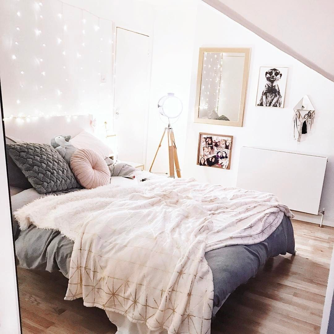Suuuch A Cute Bedroom Look With Lots Of Pink White And Grey Photo By Gabriella On Instagram Int Room Decor Bedroom Pink And Grey Room Room Ideas Bedroom
