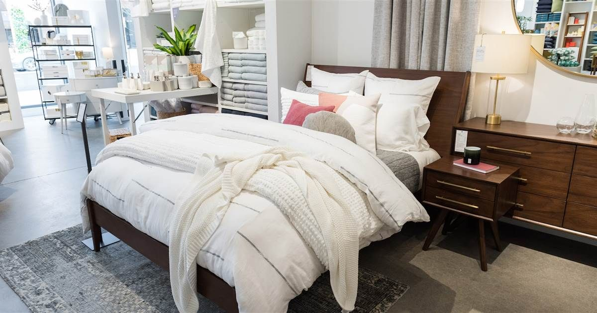 4 secrets to making beds look as beautiful as they do in