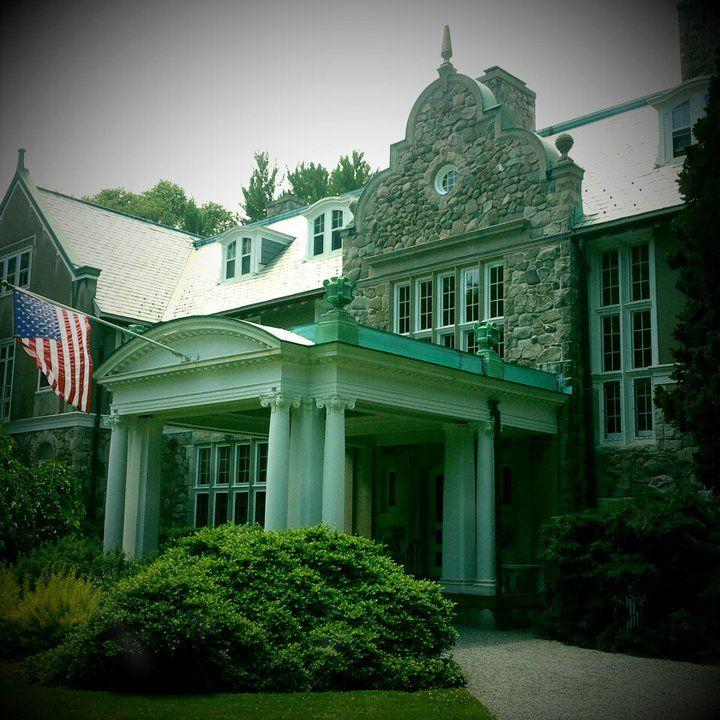 Newport Providence Rhode Island: Blithewold Mansion/Bristol, RI