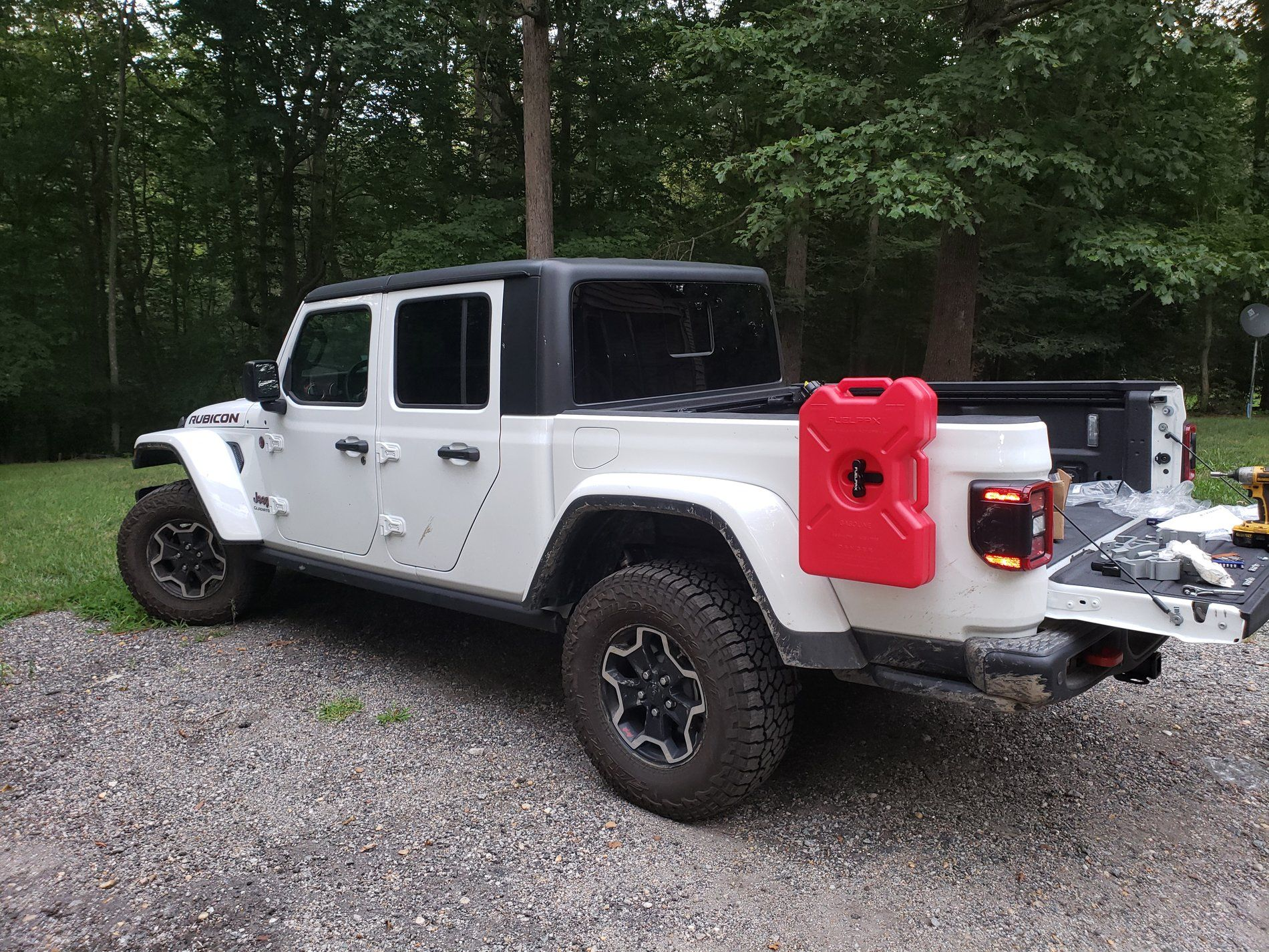 Pin By Dh On Jeep Gladiator In 2020 Jeep Truck Bed Tool Boxes