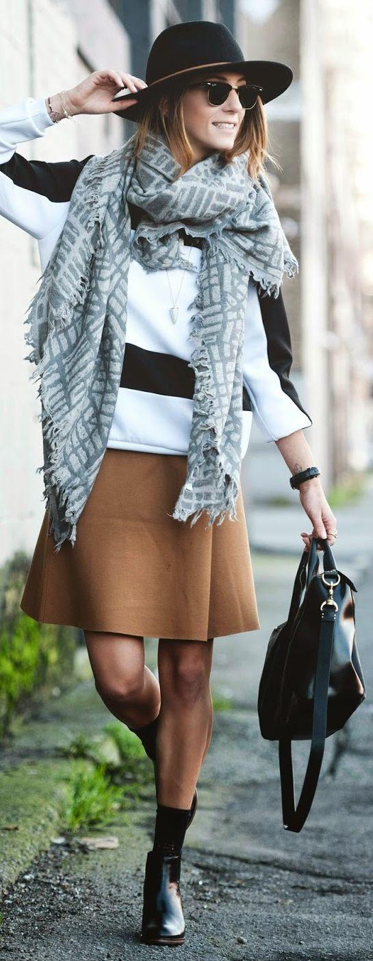 Black And White Stripe Oversized Sweatshirt