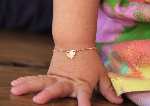 Säugling Baby Armband Rose Gold Gefüllt Herz Armband 14k